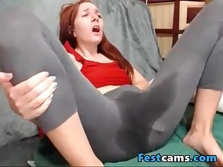 Bumptious puny ginger-haired spraying in yogapants