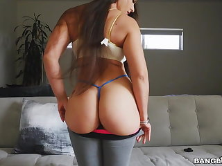 Broad in the beam Ass Latina Marta La Croft Bounces More than Doggy And Cowgirl
