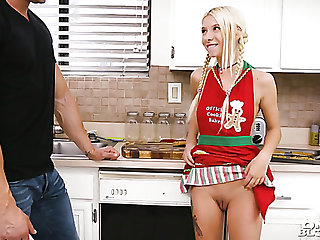 Lying on the kitchen rod show one's age Kenzie Reeves gives a good blowjob